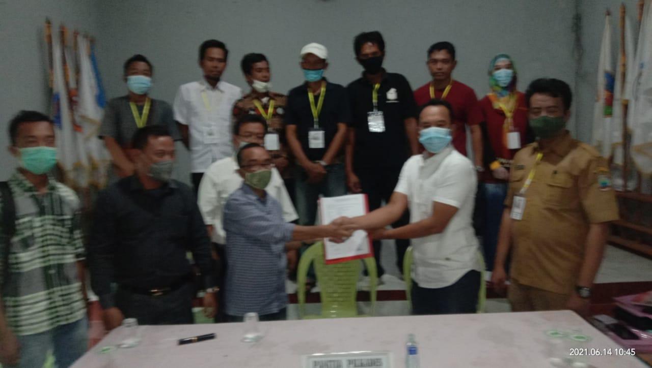 M. Halim Resmi Daftarkan Diri Balon Kades Kunjir Kecamatan Rajabasa